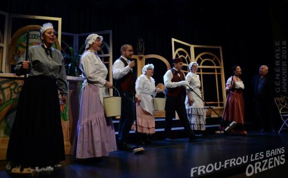 01 FROU-FROU-LES-BAINS scenographie F-Burkha Orzens GENERALE janv 2018