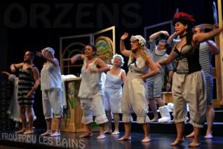 08 FROU-FROU-LES-BAINS scenographie F-Burkha Orzens GENERALE janv 2018